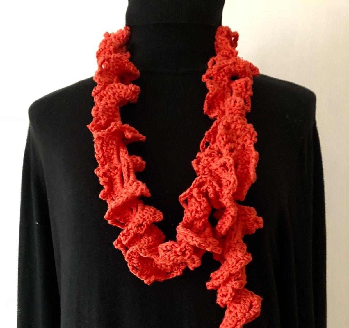 Orange red ruffle scarf in vegan friendly yarn - ATNine