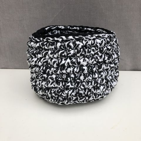 Black,and,white,storage,basket,Storage basket, black, white, plant pot holder, pot decor, pot cover, contemporary, interior decor, storage solution