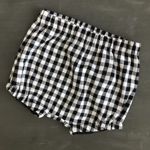 Bubble,leg,baby/toddler,bloomers,,nappy,cover,-,black,and,white,gingham,Gingham, monochrome, bloomers, nappy cover, spotty, Bubble leg bloomers, toddler bloomers, cotton, trendy baby, vintage style baby