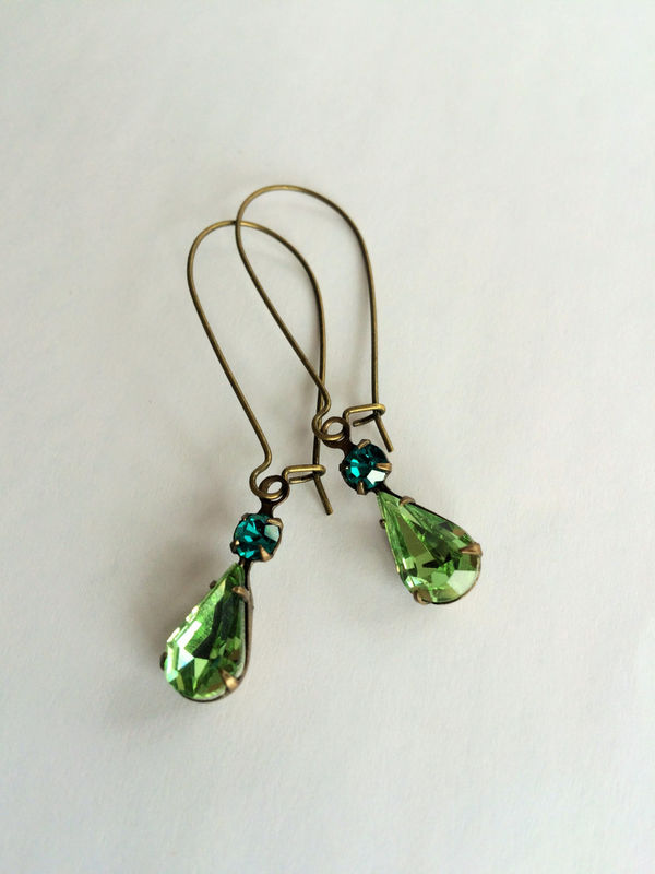 VINTAGE Green Shades Rhinestone Drop EARRINGS / Peridot rhinestone / Estate Style / Dangle / Bridesmaid jewelry / Antiqued Brass / Gift Box - product image