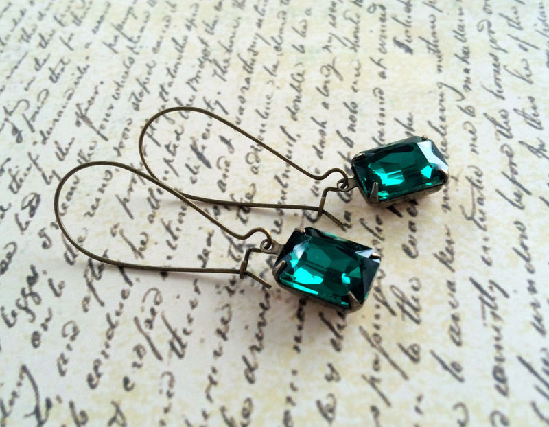 VINTAGE Emerald Green Rhinestone Drop EARRINGS / Swarovski / Estate Style / Dangle / Rectangular / Bridesmaid Earrings / Gift Boxed - product image