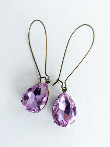 VINTAGE,Lilac,PURPLE,Rhinestone,Drop,EARRINGS,/,Czech,Glass,Pear,Shaped,Simple,Dangle,Bridesmaid,Antiqued,Brass,Gift,Boxed,Weddings,Jewelry,Estate_Style,Vintage_Rhinestones,Antiqued_Brass,Vintage_Style,Pear_Shaped,Canteam,Gift_Boxed,Bridesmaid_Earrings,Made_In_Canada,lilac_purple,light_purple,lilac_rhinestones,rhinestone_earrings