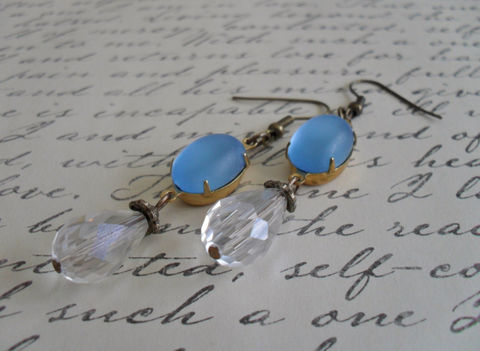 VINTAGE,Frosted,Moonglow,BLUE,Glass,&,Crystal,Drop,EARRINGS,/,Czech,faceted,crystal,Dangle,Bridesmaid,Bridal,Vintage,Style,Weddings,Accessories,Earrings,Estate_Style,Antiqued_Brass,Vintage_Style,Czech_Glass,Blue,Pale_Blue_Earrings,Crystal_Earrings,Black_And_Blue,Rhinestone_Earrings