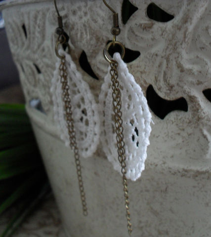 Venise,Floral,LACE,&,CHAIN,Earrings,/,Vintage,Lace,Bridal,Upcycled,Venice,earrings,Unique,jewelry,Jewelry,Venise_Lace,Gothic,Lace_Jewelry,Reworked,Venice_Lace,Ivory,Unique_Gift,lace_earrings,unique_jewelry