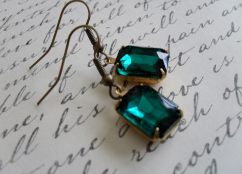 VINTAGE,EMERALD,Green,Rhinestone,Drop,EARRINGS,/,Czech,Glass,Emerald,Cut,Simple,Earrings,Dangle,Bridesmaid,Estate,Style,Jewelry,Estate_Style,Vintage_Rhinestones,Antiqued_Brass,Vintage_Style,Czech_Glass,Emerald_Cut,Gift_For_Her,Emerald_Green,Canteam,Bridesmaid_Earrings,Green_Earrings