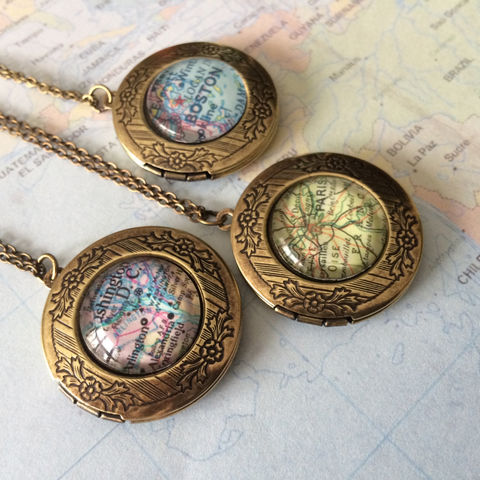 Custom,MAP,LOCKET,Necklace,/,Unique,Gift,You,Pick,The,Location,Vintage,map,Antique,Bronze,Map,jewelry,boxed,Personalized,Jewelry,Hand_Made,Glass_Domed,Unique_Gift,Gift_Boxed,Vintage_Map,Custom_Map_Necklace,Map_Pendant,Map_Jewelry,map_locket,custom_map_locket