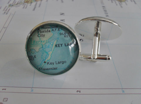 Key,Largo,Florida,Map,Silver,Cuff,Links,/,Father's,Day,groomsmen,gift,for,him,cufflinks,jewelry,Gift,boxed,Weddings,Jewelry,Canadian,Hand_Made,Vintage_Map,Fathers_Day_Gift,Groomsmen_Gift,Key_Largo,Unique_Gift,Canteam,map_cufflinks,map_cuff_links