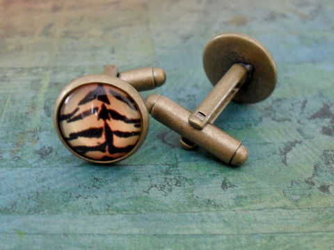 Exotic,Tiger,Print,Antique,Bronze,Cufflinks,//,Unisex,Cuff,Links,Gift,Boxed,Accessories,Cuff_Links,Bjeweled_Vintage,hand_made,cuff_links,cufflinks,vintage_map,Fathers_day_gift,groomsmen_gift,glass_domed,unisex,exotic,orange,tiger_stripe,tiger_print