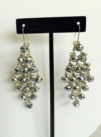 Cascading,Silver,CRYSTAL,&,RHINESTONE,EARRINGS,/,Statement,Jewelry,Chandelier,Earrings,Gift,Boxed,rhinestone_earrings,crystal_earrings,silver_crystal,chandelier_earrings,bridal_earrings,statement_jewelry,gorgeous_earrings,diamond_pattern,showstopper_earrings,made_in_canada,formal_wear_earrings,red_carpet_earrings,bjeweledvintage