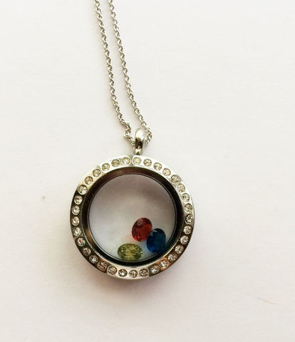 Birthstone,Locket,Necklace,/,Floating,Birthstones,Rhinestone,Gift,For,Mother,Grandmother,Family,Jewelry,Personalized,Unique_Gift,gift_boxed,ancestral_jeweley,family_jewellery,personalized_gift,made_in_Canada,birthstone_locket,floating_locket,rhinestone_locket,mothers_necklace,grandmother_gift,sister_aunt_gift,family_tree_necklace