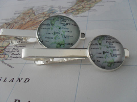 PHILIPPINES,MAP,Tie,Bar,/,Silver,Groomsmen,Gift,for,Him,Map,Jewelry,2,Sizes,Clip,Clasp,Slide,Boxed,Accessories,Hand_Made,Vintage_Map,Groomsmen_Gift,Tie_Bar,Tie_Slide,Tie_Clasp,Tie_Clip,Philippines,Filipino,custom_map_tiebar,map_jewelry