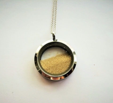 Beach,Sand,Locket,/,Destination,Wedding,Necklace,Memory,locket,Keepsake,Momento,Gift,boxed,Weddings,Jewelry,beach_wedding,destination_wedding,sand_cuff_links,momento,silver_locket,memory_locket,gift_for_bride,bridal_necklace,sand_filled_locket,beach_sand_locket,keepsake_necklace,Bjeweled_Vintage,honeymoon_necklace
