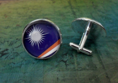MARSHALL,ISLANDS,Flag,Silver,Cufflinks,//,National,Father's,Day,Groomsmen,Gift,Wedding,Patriotic,cuff,links,Boxed,Accessories,Cuff_Links,Hand_Made,Vintage_Map,Groomsmen_Gift,National_Flag,Marshall_Islands,Cufflink,Flag_Cufflinks,Map_Cufflinks,Country_Cufflinks,Unique_Gift,cuff_links