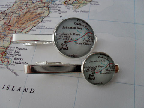 KEY,WEST,MAP,Silver,Tie,Bar,/,Florida,Keys,Groomsmen,Gift,Unique,for,Him,Custom,Map,Clip,Clasp,Slide,Weddings,Jewelry,Vintage_Map,Groomsmen_Gift,Tie_Bar,Tie_Slide,Tie_Clasp,Tie_Clip,Key_West,Florida_Keys,Key_West_Map_Tie_Bar,map_jewelry,custom_map_tie_bar