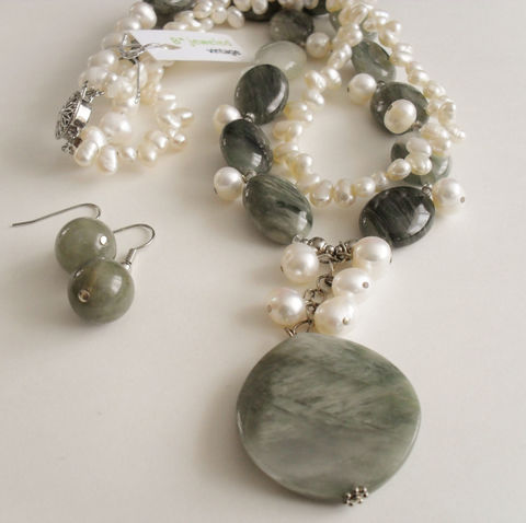 Moss,Agate,&,Freshwater,Pearl,Necklace,and,Earrings,Set,/,Sterling,Silver,Hand,Beaded,Natural,Stone,semi,precious,Jewelry,One_Of_A_Kind,Hand_Made,Sterling_Silver,Natural_Stone,Freshwater_Pearl,Moss_Agate,Filigree_Clasp,Green,Unique_Gift,semi_precious_set,hand_beaded_set,necklace_earrings