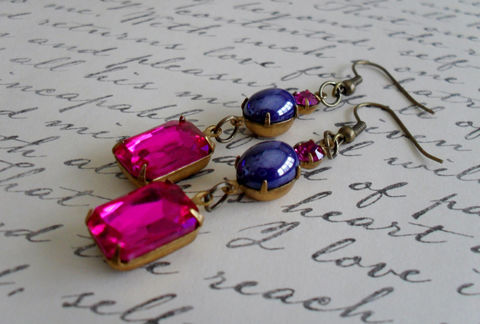 VINTAGE,FUCHSIA,Pink,Rhinestone,&,Glass,Cabochon,Drop,EARRINGS,/,Czech,Swarovski,Dangle,Jewel,Tones,Gift,Boxed,Jewelry,Earrings,Estate_Style,Vintage_Rhinestones,Antiqued_Brass,Vintage_Style,Czech_Glass,Dark_Blue,Fuchsia,Unique_Gift,Canteam,jewel_tones,crystal_earrings,estate_earrings