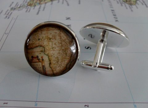 AFRICA,Map,Silver,CUFF,LINKS,/,Father's,Day,Groomsmen,Gift,gift,for,him,Vintage,Africa,map,cufflinks,Boxed,Weddings,Jewelry,One_Of_A_Kind,Hand_Made,Vintage_Map,Fathers_Day_Gift,Groomsmen_Gift,Anniversary,Gift_For_Him,Country,Wedding,Unique_Gift,Africa_cuff_links,map_cufflinks