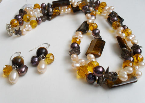 Tigereye,,Smoky,Quartz,,Amber,Crystal,&,Freshwater,Pearl,Necklace,and,Earrings,Set,/,Sterling,Silver,Semi,precious,Stone,Gift,Boxed,Jewelry,One_Of_A_Kind,Hand_Made,Sterling_Silver,Natural_Stone,Tigereye,Smoky_Quartz,Freshwater_Pearl,Amber_Crystal,Semi_Precious_Set,Beaded_Set,Unique_Gift