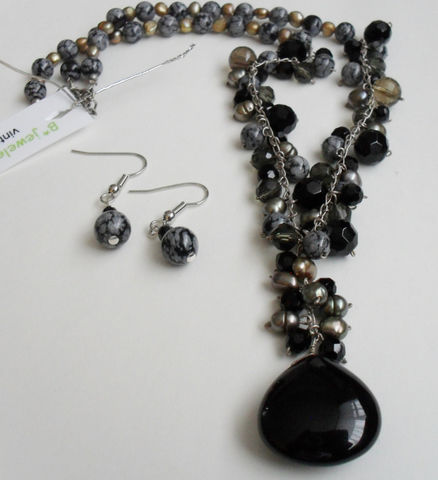 Snowflake,Obsidian,,French,Jet,,Black,Agate,,Smoky,Quartz,&,Freshwater,Pearl,Necklace,and,Earrings,Set,/,Sterling,Silver,Natural,Stone,Jewelry,Canadian,One_Of_A_Kind,Hand_Made,Sterling_Silver,Onyx,Snowflake_Obsidian,French_Jet,Smoky_Quartz,Freshwater_Pearl,Natural_Stone_Set,Gift_Boxed