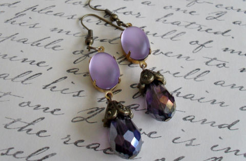 VINTAGE,Frosted,Glass,&,Crystal,Drop,EARRINGS,/,Purple,Lavender,Czech,faceted,crystal,Simple,Dangle,Vintage,Style,Weddings,Jewelry,Estate_Style,Vintage_Rhinestones,Antiqued_Brass,Vintage_Style,Czech_Glass,Bridal,Unique_Gift,Bridesmaid_Earrings,Crystal_Earrings