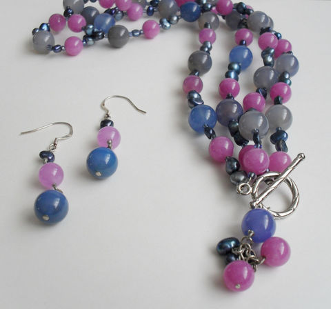 Blue,&,Lavender,Jade,Agate,and,Freshwater,Pearl,Beaded,Gemstone,Necklace,Earrings,Set,/,Natural,Stone,Pastel,set,Gift,Box,Jewelry,Designer,One_Of_A_Kind,Hand_Made,Silver,Freshwater_Pearls,Purple,Beaded_Necklace_Set,natural_stone