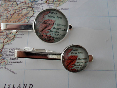 ABERDEEN,MAP,Tie,Bar,/,Scotland,Clip,Groomsmen,Gift,for,Him,custom,map,tie,bar,Clasp,Slide,/gift,box,Accessories,Vintage_Map,Silver,Groomsmen_Gift,Map,Tie_Bar,Tie_Slide,Tie_Clasp,Tie_Clip,Aberdeen,Custom_Map_Tie_Bar,Custom_Map,Aberdeen_Map_Tie_Bar