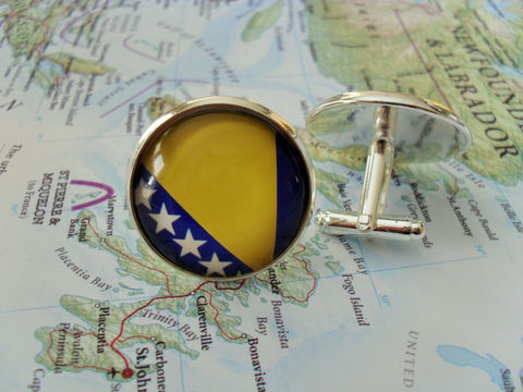 BOSNIA,&,HERZEGOVINA,Flag,Silver,Cufflinks,/,Bosnian,Cuff,Links,Groomsmen,Gift,Patriotic,gift,for,him,National,flag,cufflinks,Weddings,Jewelry,Hand_Made,Vintage_Map,Fathers_Day_Gift,Groomsmen_Gift,Glass_Domed,National_Flag,World_Cup,Herzegovina,Flag_cufflinks,Bosnia_Cuff_Links
