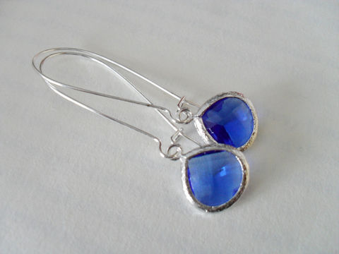 SAPPHIRE,BLUE,EARRINGS,//,Faceted,Glass,Drop,Earrings,Silver,Dangle,Bridesmaid,Bridal,Simple,Gift,Boxed,Weddings,Jewelry,Wedding,Nickel_Free,Faceted_Glass,White_Gold,London_Blue,Sapphire_Blue,Bridesmaid_Earrings,Blue_Earrings,Unique_Gift
