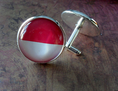 INDONESIAN,FLAG,Silver,Cufflinks,/,National,Flag,of,INDONESIA,Father's,Day,Groomsmen,Gift,Wedding,Patriotic,Cuff,Links,Boxed,Accessories,Cuff_Links,Groomsmen_Gift,National_Flag,Country,Indonesia,Indonesian_Flag,Flag_Cufflinks,Map_Cufflinks,Country_Cufflinks,Cool_Cufflinks,Unique_Gift,cuff_links