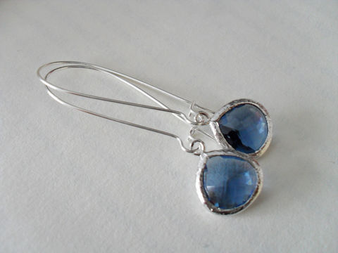 BLUE,Drop,EARRINGS,//,Montana,Blue,Faceted,Glass,Silver,Dangle,Bridesmaid,Earrings,Bridal,Simple,Gift,boxed,Jewelry,Prom,Wedding,Nickel_Free,Faceted_Glass,White_Gold,Montana_Blue,Bridesmaid_Earrings,Sapphire_Earrings,Blue_Earrings,Drop_Earrings,Unique_Gift