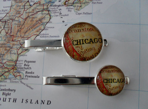 Vintage,CHICAGO,MAP,Tie,Bar,/,Chicago,Illinois,silver,tie,bar,Groomsmen,Gift,for,Him,Clip,Clasp,Slide,box,Weddings,Jewelry,Vintage_Map,Silver,Groomsmen_Gift,Map,Tie_Bar,Tie_Slide,Tie_Clasp,Tie_Clip,Chicago_Tie_Bar,Chicago_Illinois,Custom_Map_Tie_Clip
