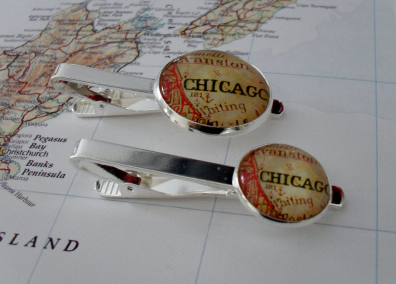 Vintage CHICAGO MAP Tie Bar / Chicago Illinois silver tie bar / Groomsmen Gift / Gift for Him / Tie Clip / Tie Clasp / Tie Slide / Gift box - product image
