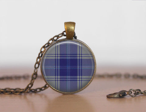 EDWARDS,TARTAN,Pendant,Necklace,/,Scottish,Tartan,Jewelry,Ancestral,Jewellery,Edwards,Clan,Family,Personalized,Gift,boxed,Unique_Gift,gift_boxed,scottish_tartans,tartan_jewelry,ancestral_jeweley,family_jewellery,tartan_pendant,tartan_necklace,Scottish_jewelry,personalized_gift,made_in_Canada,Edwards_tartan,Edwards_clan