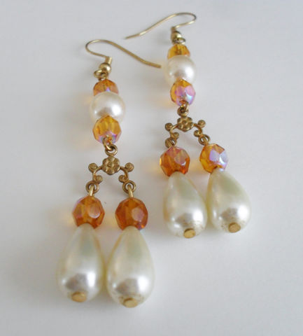 Amber,Crystal,&,Faux,Pearl,CHANDELIER,EARRINGS,/,Pretty,Unique,Gift,for,Her,Boxed,Jewelry,Earrings,Canadian,One_Of_A_Kind,Hand_Made,Vintage,Gold,Faux_Pearls,Amber_Crystal,Nickel_Free,Unique_Gift,Canteam,crystal_earrings,chandelier_earrings,Bjeweled_Vintage