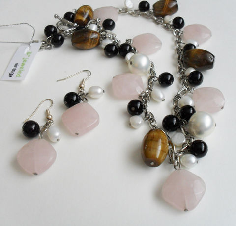 Rose,Quartz,,Tigereye,,,Onyx,&,Pearl,NECKLACE,and,EARRINGS,SET,/,Sterling,Silver,Unique,Gift,for,Her,Natural,stone,Boxed,Jewelry,One_Of_A_Kind,Hand_Made,Earrings,Sterling_Silver,Natural_Stone,Black_Onyx,Freshwater_Pearl,Rose_Quartz,necklace_set,beaded_necklace_set,stone_necklace,made_in_Canada