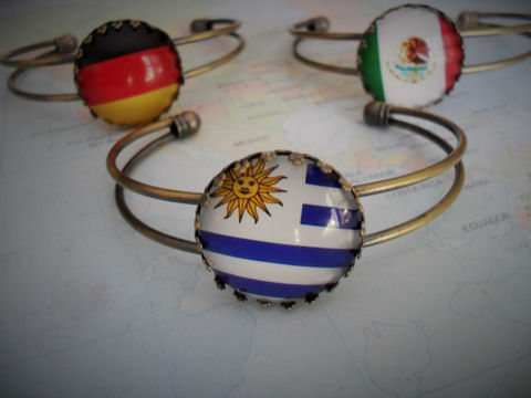 CUSTOM,FLAG,Cuff,BRACELET,/,Any,Country,Gift,for,Her,Personalized,Travel,Souvenir,National,Flag,Bracelet,Patriotic,Jewelry,Hand_Made,Glass_Domed,Unique_Gift,Travel_Souvenir,Map_Brooch,Personalized_Gift,Gift_For_Her,Flag_Jewelry,National_Flag,Flag_Bracelet,Patriotic_Gift,made_in_Canada
