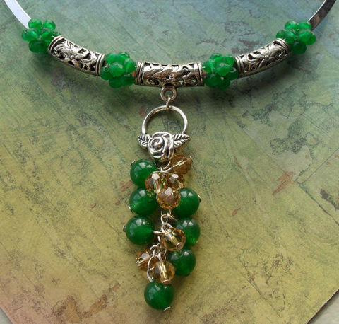 Gorgeous,Emerald,Green,JADE,&,CRYSTAL,dangling,drop,pendant,silver,choker,necklace,/,Unique,Gift,for,Her,boxed,Jewelry,Necklace,Canadian,Designer,One_Of_A_Kind,Hand_Made,Pendant,Crystal,Silver,Choker,Dangling,Jade,Emerald_Green,Topaz_Crystal,Unique_Gift