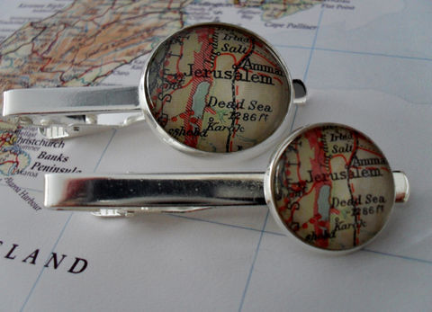 JERUSALEM,MAP,Silver,Tie,Bar,/,Groomsmen,Gift,for,Him,Anniversary,2,Sizes,Clip,Clasp,Slide,boxed,Accessories,Hand_Made,Vintage_Map,Fathers_Day_Gift,Groomsmen_Gift,Glass_Domed,Map,Tie_Bar,Tie_Slide,Tie_Clasp,Tie_Clip,Jerusalem,Dead_Sea