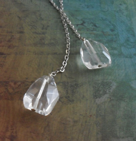 Chunky,Faceted,Clear,Quartz,Nuggets,LARIAT,/,TIE,NECKLACE,Simple,Minimalist,Unique,Modern,Necklace,Gift,For,Her,boxed,Jewelry,Canadian,Designer,One_Of_A_Kind,Hand_Made,Tie_Necklace,Faceted_Stone,Gemstone,Nugget,Unique_Gift,Canteam,lariat_necklace