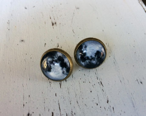 FULL,MOON,Glass,Stud,EARRINGS,/,Lunar,Celestial,Earrings,/Antique,Brass,Gift,for,Her,under,10,dollars,gift,boxed,stocking,stuffer,Jewelry,Hand_Made,Gift_For_Her,Cute_Earrings,Unique_Gift,Canteam,glass_cabochon,under_10_dollars,glass_studs,full_moon_studs,lunar_earrings,celestial_jewelry,moon_jewelry,stocking_stuffer
