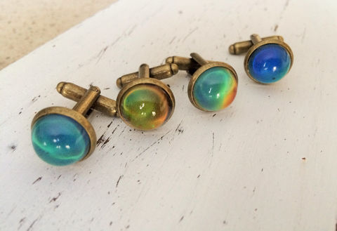 MOODSTONE,CUFFLINKS,/,Color,Change,Cuff,Links,Unique,Cufflinks,Antique,Bronze,Unisex,Gift,Boxed,Accessories,Cuff_Links,Bjeweled_Vintage,Unique_Gift,stone_cufflinks,gemstone_cuff_links,made_in_canada,cool_cufflinks,unisex_cufflinks,moodstone_jewelry,moodstone_cuffllinks,color_changing_stone,mood_stone_cufflinks,under_20_dollars,moodstone_cabochon