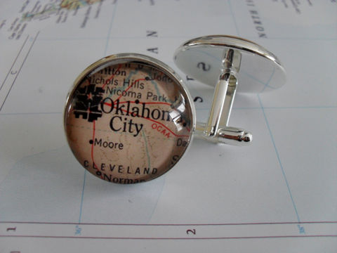 OKLAHOMA,CITY,Map,Silver,Cuff,Links,/,Father's,Day,Groomsmen,Gift,personalized,gift,for,him,vintage,map,cufflinks,boxed,Weddings,Jewelry,One_Of_A_Kind,Hand_Made,Cufflinks,Vintage_Map,Fathers_Day_Gift,Groomsmen_Gift,Anniversary,Gift_For_Him,Oklahoma,Map_Cufflinks,Oklahoma_Cufflinks,Unique_Gift