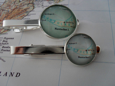 NANTUCKET,MAP,Silver,Tie,Bar,/,Groomsmen,Gift,for,Him,Anniversary,2,Sizes,Clip,Clasp,Slide,Boxed,Weddings,Jewelry,Hand_Made,Vintage_Map,Groomsmen_Gift,Map,Tie_Bar,Tie_Slide,Tie_Clasp,Tie_Clip,Nantucket,Marthas_Vineyard,Nantucket_Tie_Bar,Map_Tiebar