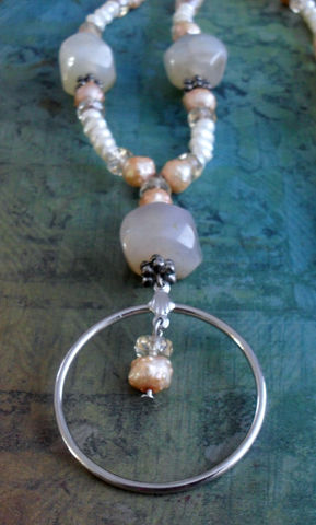 Agate,,Freshwater,Pearl,&,Crystal,Beaded,EYEGLASS,HOLDER,NECKLACE,/,Natural,Stone,Loop,Eyeglass,Chain,Lanyard,Gift,Boxed,Accessories,One_Of_A_Kind,Hand_Made,Necklace,Gemstone,Eyeglass_Chain,Eyeglass_Holder,Agate,Freshwater_Pearls,Peach,Unique_Gift,Canteam,beaded_lanyard,made_in_Canada