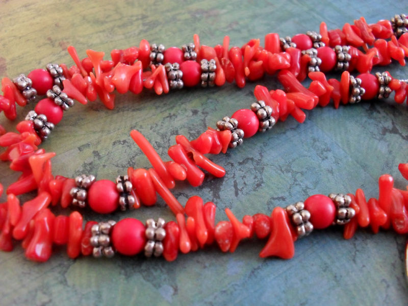 Vibrant Red Coral Beaded EYEGLASS HOLDER NECKLACE / Loop / Eyeglass Chain / Beaded Lanyard Necklace / Unique Gift for Her / Gift Boxed - product image