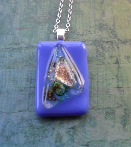 Periwinkle,Blue,and,Iridescent,FUSED,glass,/,DICHROIC,pendant,necklace,Hand,Crafted,One,of,a,kind,/Blue,Glass,Necklace,Gift,Box,Jewelry,One_Of_A_Kind,Hand_Crafted,Fused_Glass,Dichroic_Glass,Gift_For_Her,Gift_Boxed,Canadian,Bubbles,Periwinkle_Blue,Unique_Gift,blue_glass_pendant
