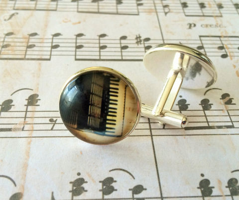ACCORDION,CUFFLINKS,/,Musical,Instrument,Cuff,Links,Cool,Gift,for,Him,Musician,cufflinks,gift,Accordion,Player,Boxed,Accessories,Cuff_Links,Fathers_Day_Gift,Groomsmen_Gift,unique_gift_for_him,cool_cufflinks,Bjeweled_Vintage,Tammy_bastin,musician_cufflinks,music_jewelry,musical_instrument,silver_cufflinks,accordion_cufflinks,accordion_player,accordion_gift