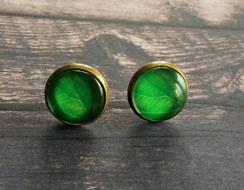 Green,Leaf,Glass,Stud,EARRINGS,/,Studs,Botanical,/Antique,Brass,Cabochon,Gift,for,Her,under,10,dollars,gift,boxed,Jewelry,Earrings,Canadian,Hand_Made,Gift_For_Her,Cute_Earrings,Gift_For_Girl,Unique_Gift,Canteam,glass_cabochon,under_10_dollars,botanical_earrings,leaf_earrings,leaf_studs,glass_studs