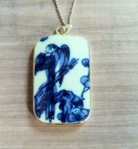 Ming,Dynasty,Antique,Blue,&,White,Floral,Bird,POTTERY,SHARD,Pendant,Necklace,/,Porcelain,Broken,China,pendant,unique,gift,Gift,Boxed,Jewelry,Hand_Made,Vintage,Pottery_Shard,Chinese,Ming_Dynasty,Blue_And_White,Unique_Gift,ceramic_pendant,porcelain_pendant,broken_china,china_shard,antique_china,Bjeweled_Vintage