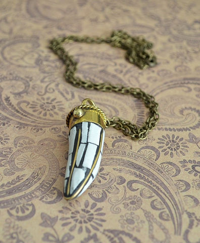 White,Turquoise,TIBETAN,HORN,Mosaic,inlay,pendant,NECKLACE,/,brass,tusk,Bohemian,Tribal,Boho,Chic,Trendy,Gift,For,Her,Jewelry,Necklace,Canadian,Bjeweled_Vintage,Antique_Brass,tibetan_horn_pendant,tibetan_tusk_pendant,mosaic_horn_necklace,boho_chic,tribal_necklace,ethnic_necklace,trendy_necklace,gift_boxed,white_turquoise_horn,white_tusk_necklace